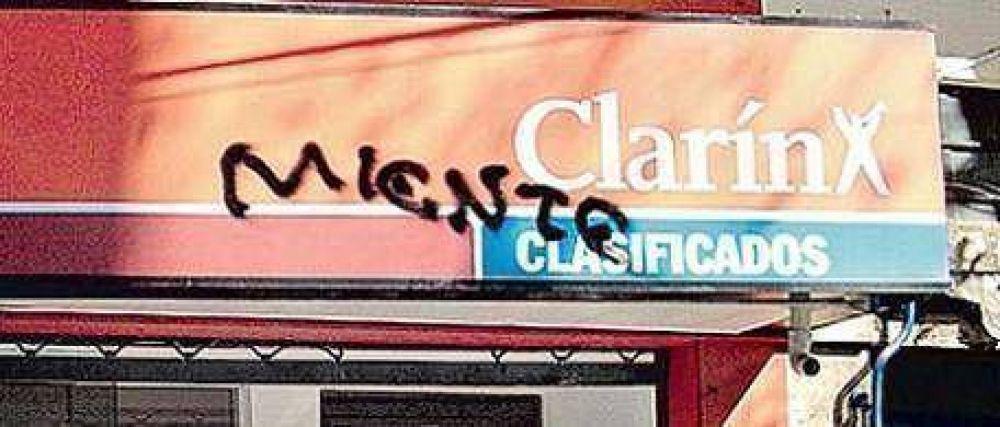 El oficialismo volvió a la carga en su pelea con Clarín