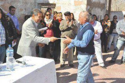 Intensa gira de trabajo del Gobernador por Felipe Varela