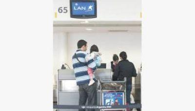 El Gobierno ahora busca echar a LAN de la mayor zona de check in de Aeroparque