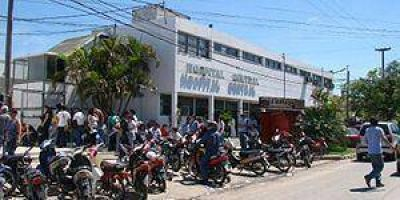Operaciones quedaron suspendidas en el Hospital Central por protesta de m�dicos
