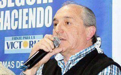"""Lomas de Zamora: Fuente Buena advirtió que Tavano """"traicionó una historia"""""""
