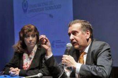 """""""Estamos rompiendo con el rol que se les quiso asignar a nuestros científicos"""", aseguró Lino Barañao"""