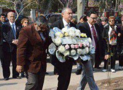 Funcionarios municipales participaron de un emotivo acto