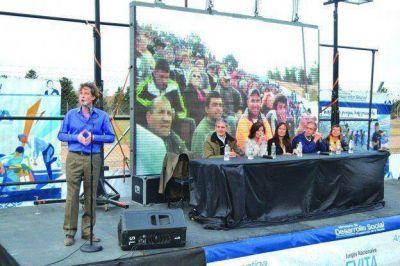 3.000 chicos cordobeses participan de los Juegos Evita en Embalse