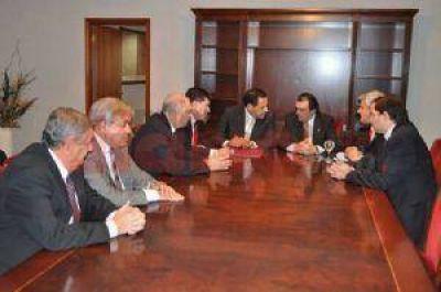 Reunión previa del Parlamento del NOA