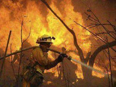 Arde sin control el incendio en La Lucrecia y las llamas ya consumieron más de 7 mil hectáreas