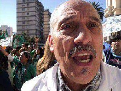 Aseguran que, por las erróneas políticas de salud del gobierno de Fellner, y los bajos salarios, muchos médicos están migrando de Jujuy
