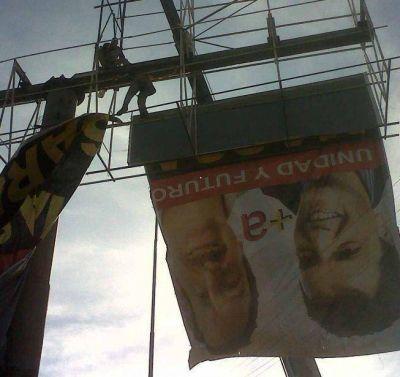 Picardía de Espinoza: Baja los carteles de Saredi y deja los de Ledesma