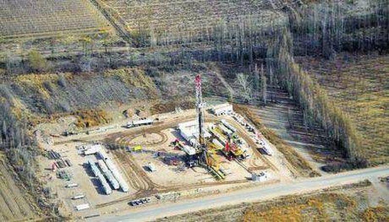 Clar�n: El fracking �avanza� sobre los frutales del Alto Valle