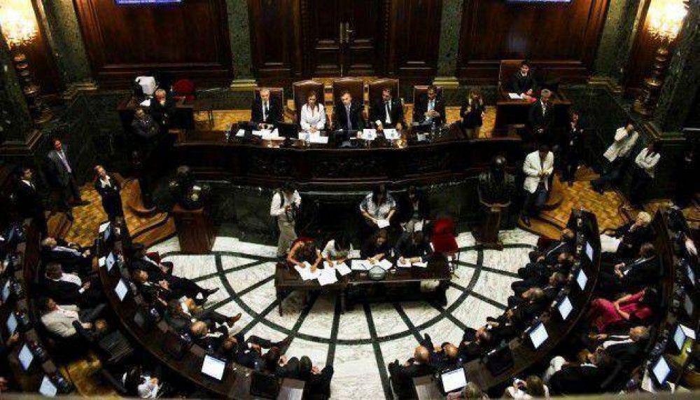 Más de veinte listas competirán en las elecciones porteñas