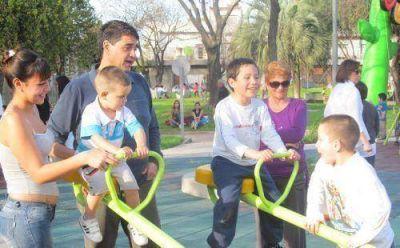 Macri inauguró la renovación de la plaza Almafuerte de Villa Martelli