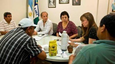 Piden que Corpacci intervenga en el conflicto tabacalero