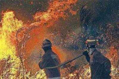 Incendios dejan sin luz a Santiago y Tucumán
