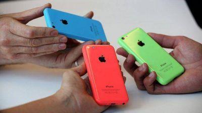 Los nuevos iPhone pierden velocidad en la Argentina
