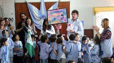 Posse celebró el Día del Maestro con alumnos de jardín de infantes