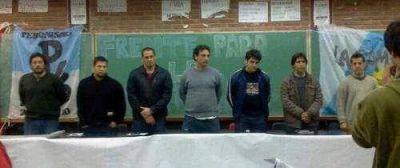 """""""Unidos y Organizados"""" junto a los jóvenes de la UBA Martínez"""