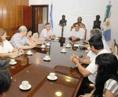 Gobierno y gremios docentes continuarán el diálogo la semana próxima