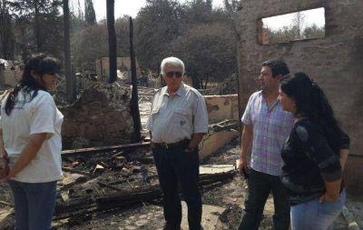 """De la Sota: """"Ya no hay fuego cerca de alguna localidad"""""""