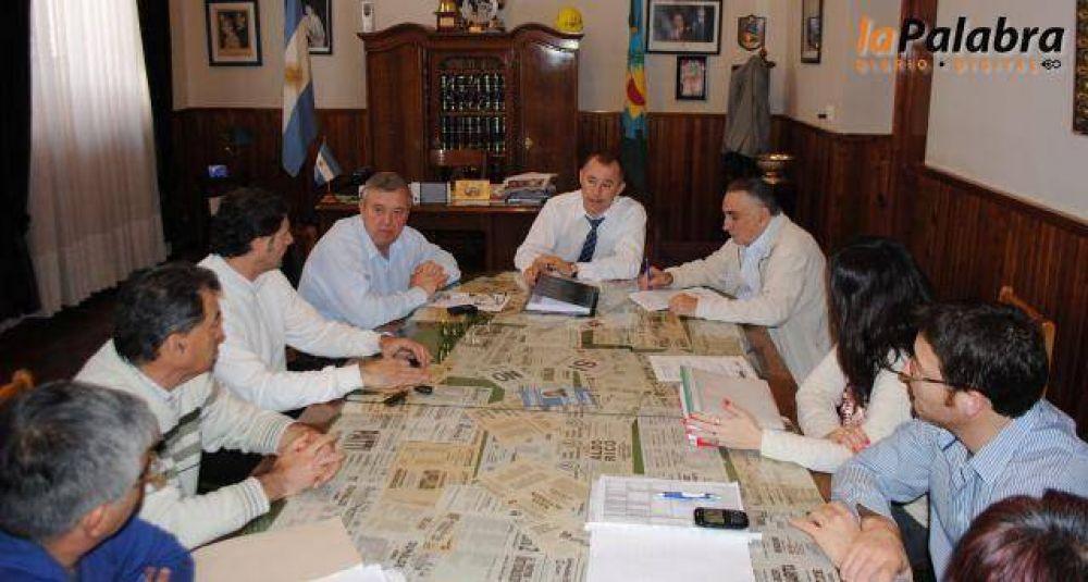 Reunión entre el Ejecutivo y el Sindicato de Empleados Municipales