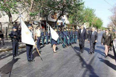 En el Día del Maestro el Gobernador anunció la construcción de más establecimientos educativos