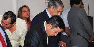 Corrupción: Piden 4 años y medio de prisión para Franco y Oviedo