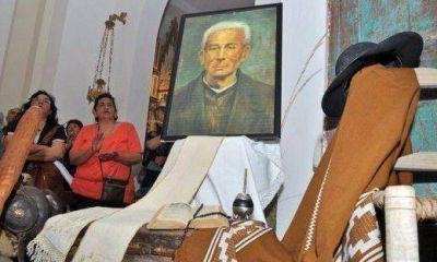 Esperan más de 200.000 fieles en la beatificación del Cura Brochero