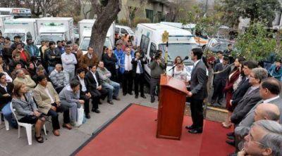 Juan Manuel Urtubey entregó 20 ambulancias para áreas operativas del interior y Capital