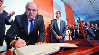 """Scioli se endurece: """"El Estado debe estar dispuesto a todo"""""""