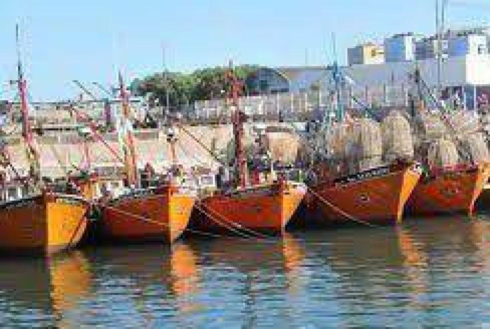 El SAON instó a una mesa de diálogo en el puerto y apoyó al Astillero Contessi