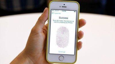 """Los factores clave para entender la """"revolución"""" del reconocimiento dactilar del iPhone 5s"""