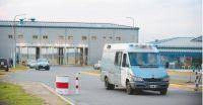 Los internos del penal de Ezeiza denuncian torturas y maltratos
