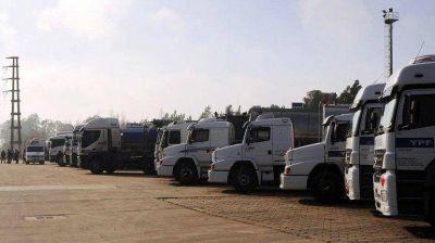 """Ahora aparece el """"dólar camión"""": la estrategia que encontraron los transportistas argentinos"""