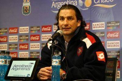 """Juan Antonio Pizzi: """"Somos favoritos, pero Estudiantes (BA) nos va a costar"""""""