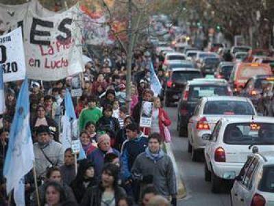 Críticas al Gobierno a siete años de la desaparición de López