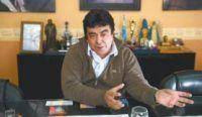 "Espinoza: ""Massa se fue a la derecha para defender al poder"""