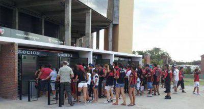Colón-San Lorenzo: se ingresará con la huella digital