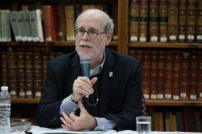 Harold Holzer disertó en la Biblioteca Sarmiento