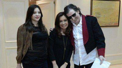 CFK relató su visita a Córdoba y su reunión con Charly García