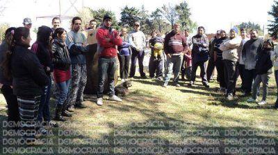 Vecinos que usurparon lotes en el barrio Las Marías niegan vinculación política