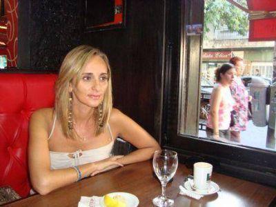 """Carla Echichure Castro: """"Los rumores van y vienen, lo único real es lo que dice el gobernador Scioli"""""""