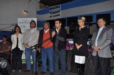 Karina Rabolini y Federico Ugo entregaron donaciones en Tigre