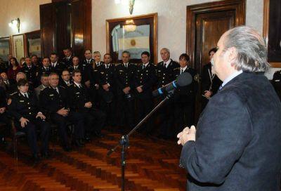 """Granados puso en funciones a la nueva cúpula policial: """"el equipo está armado, ahora a la cancha"""""""