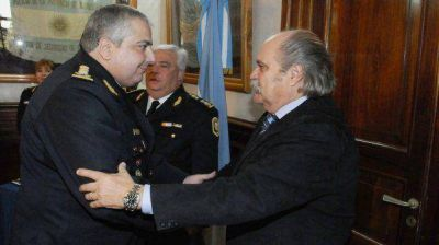 Granados designó a la nueva cúpula de la Policía Bonaerense