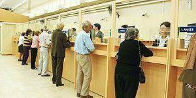 Aumento en ingresos a jubilados y pensionados de la provincia