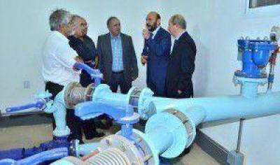 Moderno sistema de presurización para el servicio de agua potable a colonia aborigen