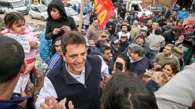 Tras la agresión que sufrió en su caravana, Massa vuelve hoy a recorrer La Matanza
