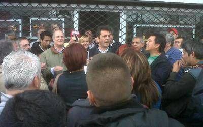 Elecciones 2013: Atacaron caravana del Frente Renovador en Isidro Casanova
