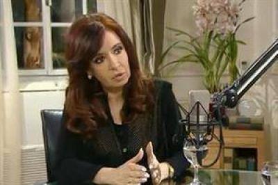 """Cristina: """"Los poderes corporativos suplantaron a los golpes de Estado"""""""