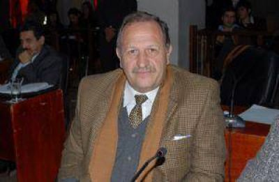 Giné pidió un informe a CAPRESCA