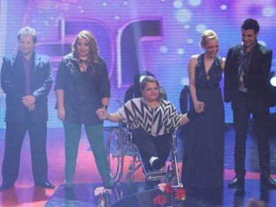 Claudia Pir�n le pidi� apoyo a la gente para seguir en el So�ando por Cantar